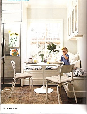 At Michael J Fox S Home Below A Banquette In The Kitchen Is Complemented By Teak Dining Table And Knoll Saarinen Chairs E Elegant